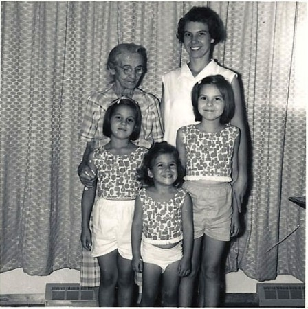 Barbara, Karen & Susan with great-grandmother and mother, 1963