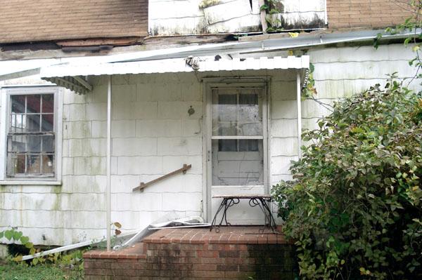 1163 Mary Street