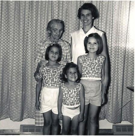 Barbara, Karen & Susan with great-grandmother and mother, 1963